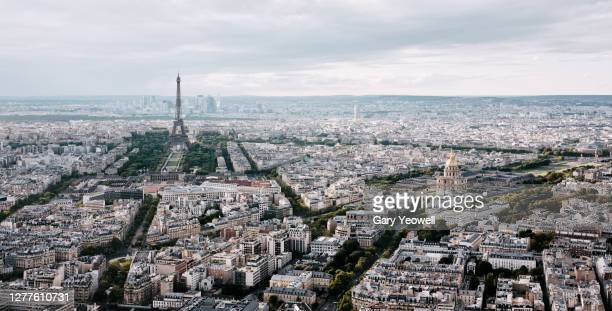 elevated view over paris city skyline - les invalides quarter stock pictures, royalty-free photos & images