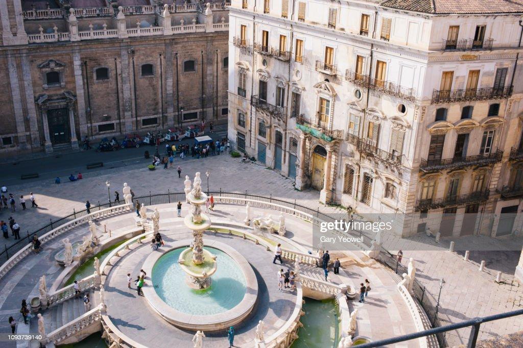Elevated view over Piazza Pretoria, Palermo : Stock Photo