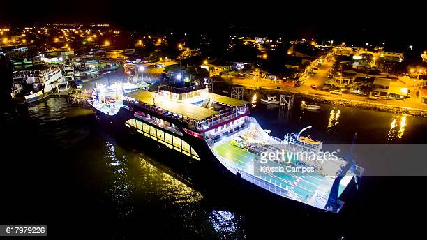 """Elevated view over Puntarenas at the """"Paseo de los Turistas"""" by night"""