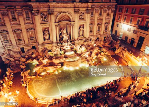 elevated view over the trevi fountain in rome - trevi fountain stock pictures, royalty-free photos & images