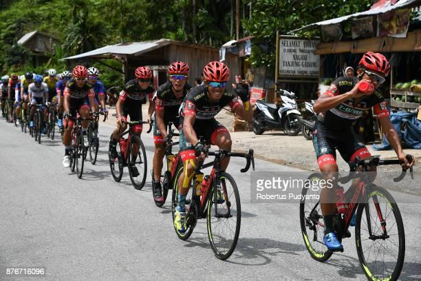 Eleven Roadbike Philippines cyclists lead the peloton in the stage 3 of the Tour de Singkarak 2017 Muaro SijunjungDharmasraya 1613 km on November 20...