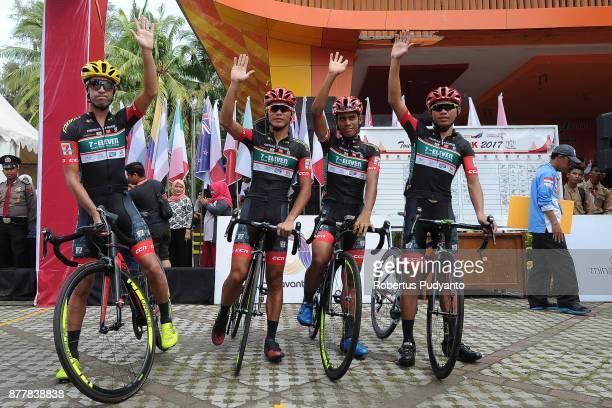 Eleven Roadbike Philippines team pose during stage 6 of the Tour de Singkarak 2017 Pariaman CityPasaman Barat 1457 km on November 23 2017 in Pasaman...