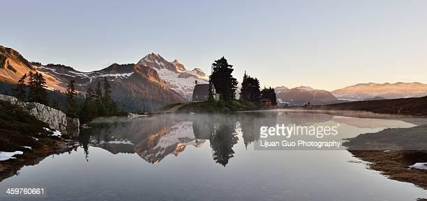 Elfin Lake sunrise