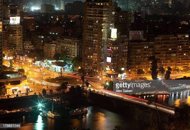 el-galaa square in giza at dusk. - alex saberi photos et images de collection