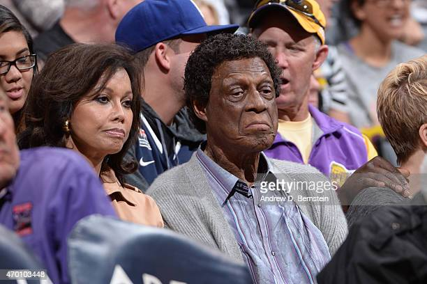 Elgin Baylor enjoys a game between the Sacramento Kings and Los Angeles Lakers on April 15 2015 at STAPLES Center in Los Angeles California NOTE TO...