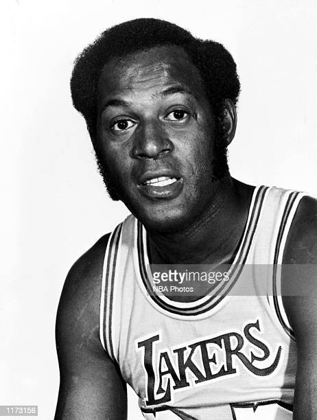 Elgin Baylor of the Los Angeles Lakers during an NBA game in 1960 at The Forum in Los Angeles California 1970 NOTE TO USER User expressly...