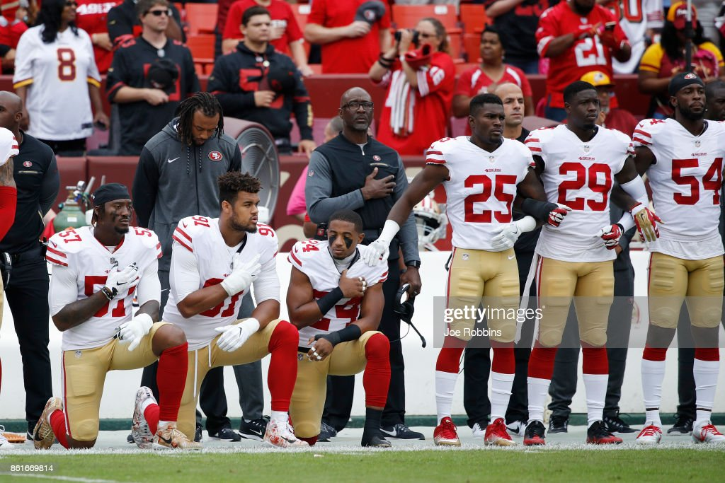 San Francisco 49ers v Washington Redskins : News Photo