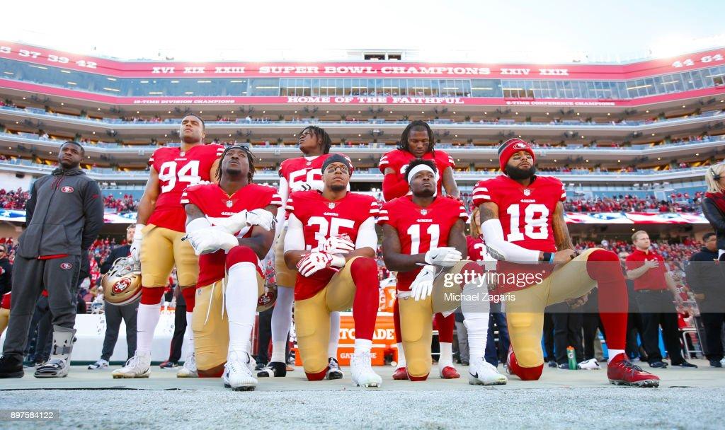 Tennessee Titans v San Francisco 49ers : Photo d'actualité