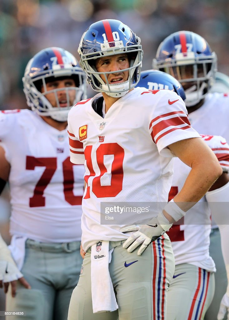 Eli Manning #10 of the New York Giants reacts in the fourth quarter against the Philadelphia Eagles on September 24, 2017 at Lincoln Financial Field in Philadelphia, Pennsylvania.