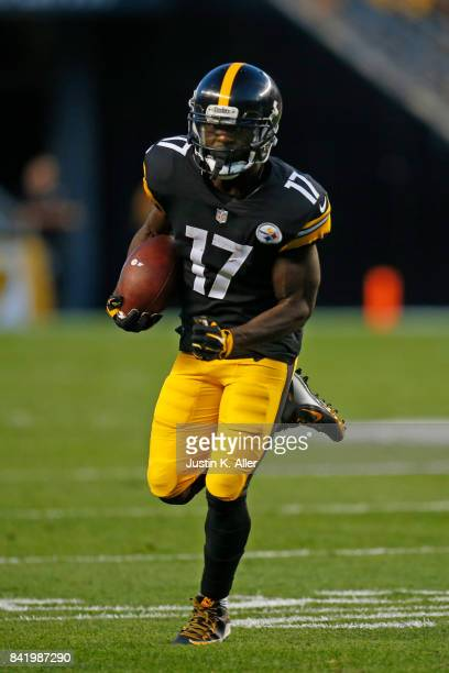 Eli Rogers of the Pittsburgh Steelers in action against the Indianapolis Colts during a preseason game on August 26 2017 at Heinz Field in Pittsburgh...