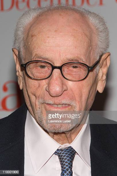 Eli Wallach during The Holiday New York Premiere - Arrivals in New York City, New York, United States.