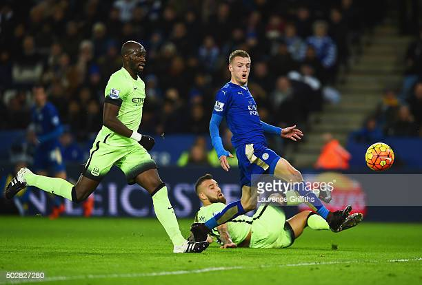 Eliaquim Mangala of Manchester City Nicolas Otamendi of Manchester City and Jamie Vardy of Leicester City watch the ball during the Barclays Premier...