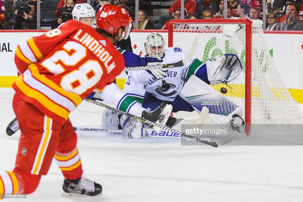 Vancouver Canucks v Calgary Flames : News Photo