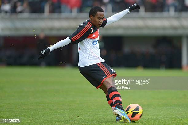 Elias of Flamengo runs for the ball during the match between Flamengo and Internacional for the Brazilian Serie A 2013 on July 21 2013 in Centenario...