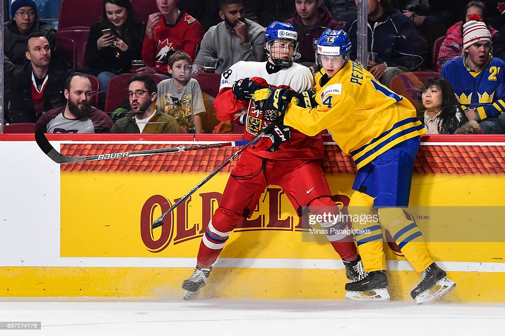 Sweden v Czech Republic - 2017 IIHF World Junior Championship : News Photo