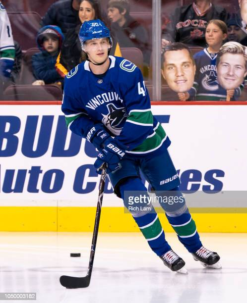 Elias Pettersson of the Vancouver Canucks skates during the pregame warmup prior to his first NHL game against the Calgary Flames on October 2018 at...