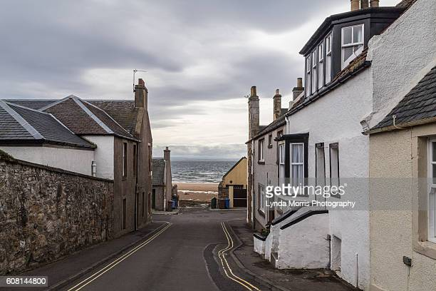 elie, fife scotland, street - fife scotland stock pictures, royalty-free photos & images