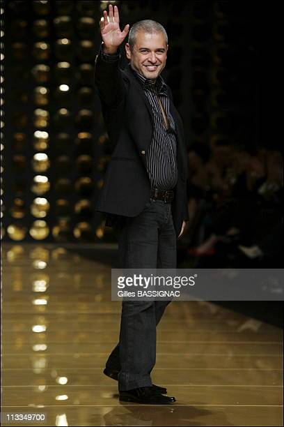 Elie Saab Ready To Wear SpringSummer 2007 Fashion Show On October 08Th 2006 In Paris France Here Libanese Designer Elie Saab
