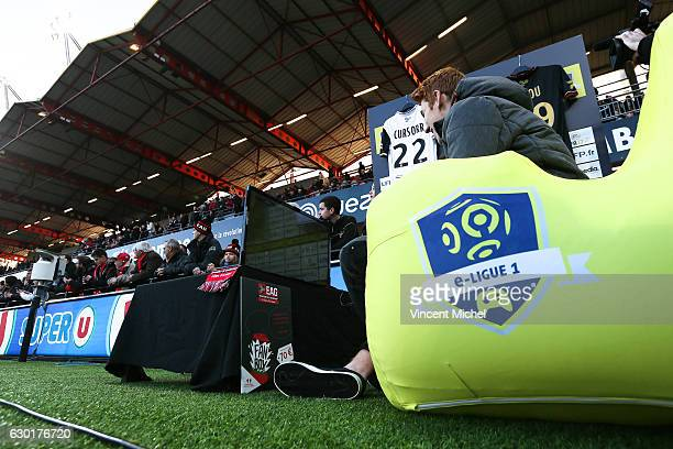 eligue tournament during the French Ligue 1 match between Guingamp and Paris Saint Germain at Stade du Roudourou on December 17 2016 in Guingamp...