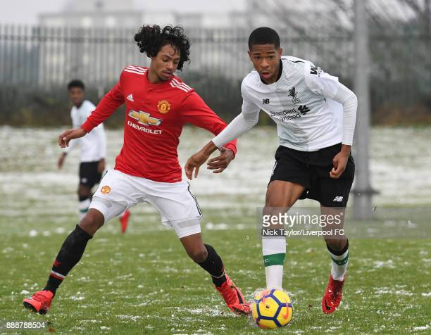 Elijah DixonBonner of Liverpool and D'Mani Mellor of Manchester United in action during the Manchester United v Liverpool U18 Premier League game at...