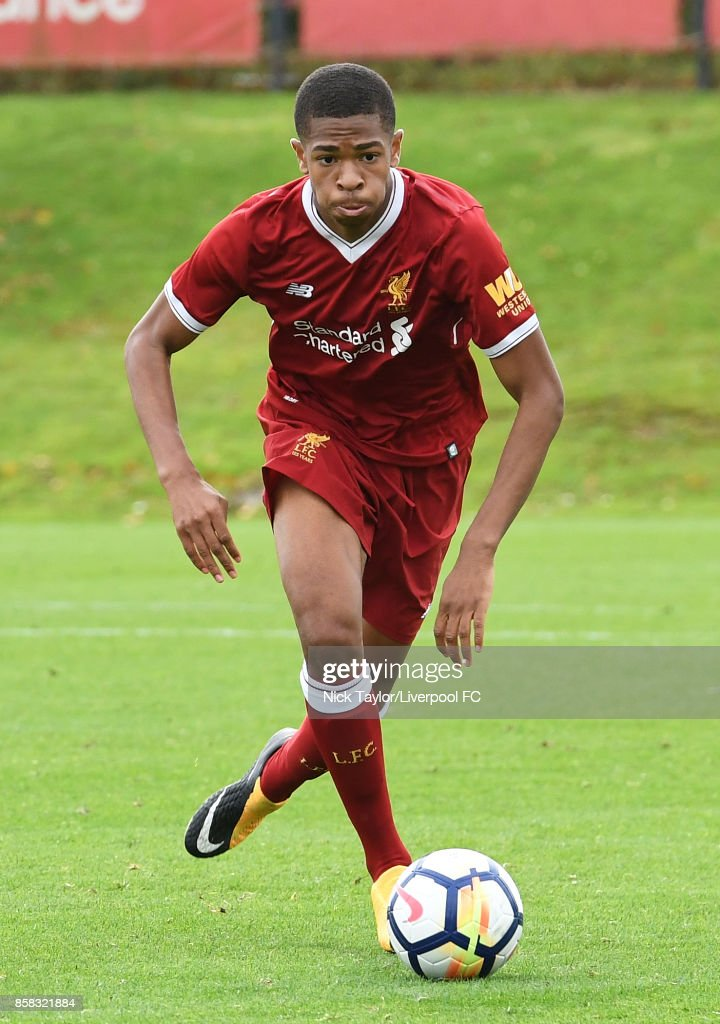 Elijah Dixon-Bonner of Liverpool in action during the U18 friendly match between Liverpool and Burnley at The Kirkby Academy on October 6, 2017 in Kirkby, England.