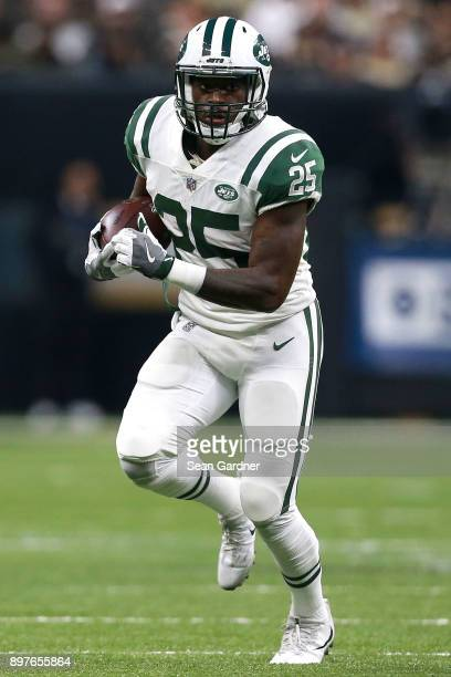 Elijah McGuire of the New York Jets runs the ball during a NFL game against the New Orleans Saints at the MercedesBenz Superdome on December 17 2017...