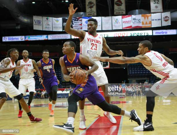 Elijah Millsap of the Northern Arizona Suns drives the ball to the net past Chinanu Onuaku of the Rio Grande Valley Vipers at the State Farm Arena...