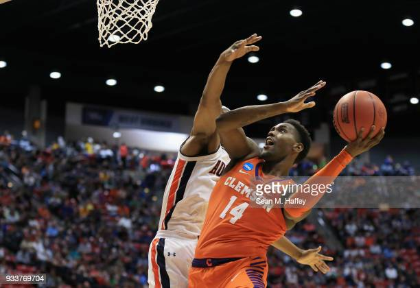 Elijah Thomas of the Clemson Tigers goes up for a layup against the Auburn Tigers in the first half during the second round of the 2018 NCAA Men's...
