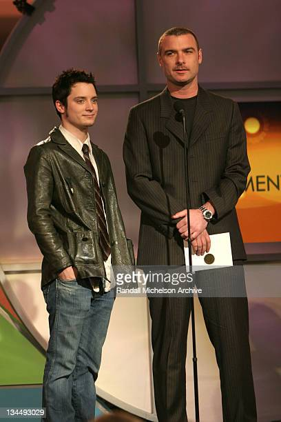 Elijah Wood and Liev Schreiber presenters for Best Documentary
