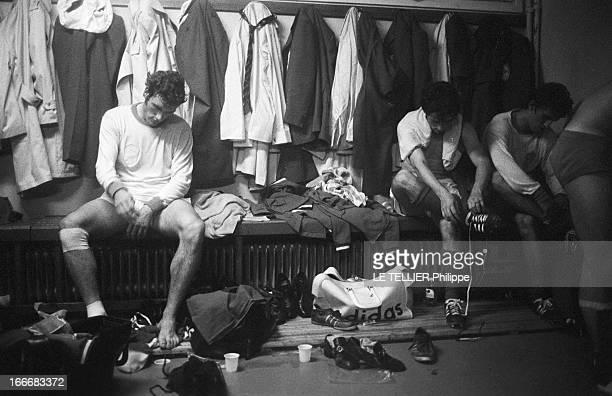 Eliminating Session Of Soccer World Cup FranceSweden 02 Le 16 octobre 1969 la France battue par la Suède 02 au stade Gerland à Lyon les joueurs...