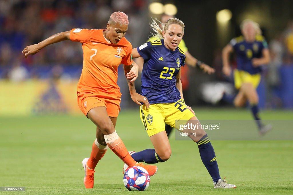 Netherlands v Sweden: Semi Final - 2019 FIFA Women's World Cup France : News Photo