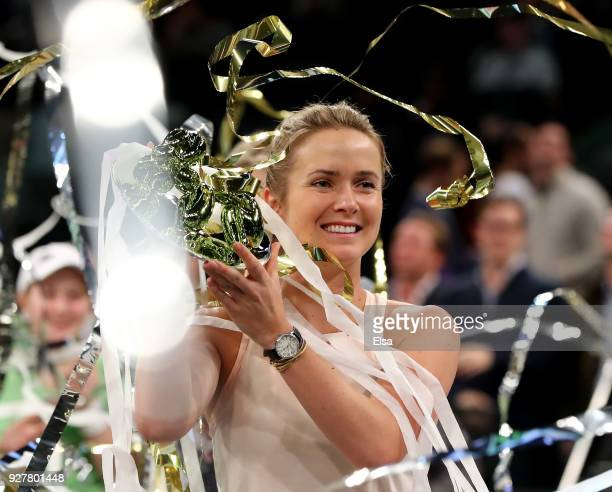 Elina Svitolina of the Ukraine poses with her championship trophy after winning the Tie Break Tens at Madison Square Garden on March 5 2018 in New...