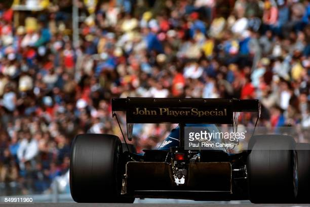 Elio de Angelis, Lotus-Renault 95T, Grand Prix of France, Dijon-Prenois, Prenois, France, May 20, 1984.