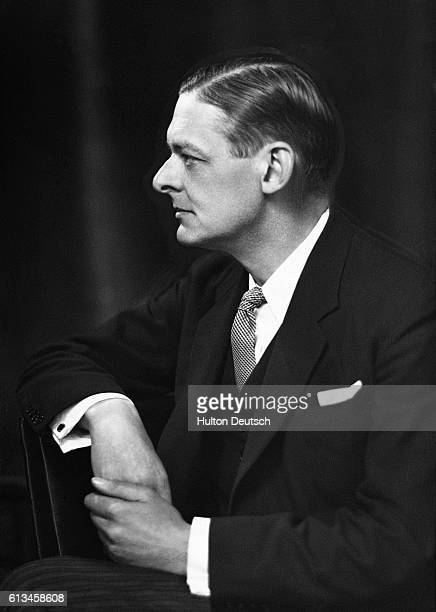 T S Eliot American born British poet critic dramatist Eliot was one of the most influential poets in English in the 20th century His works include...