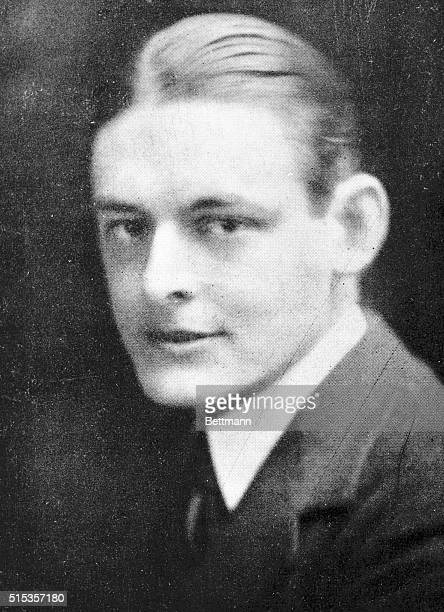 TS Eliot poet and critic