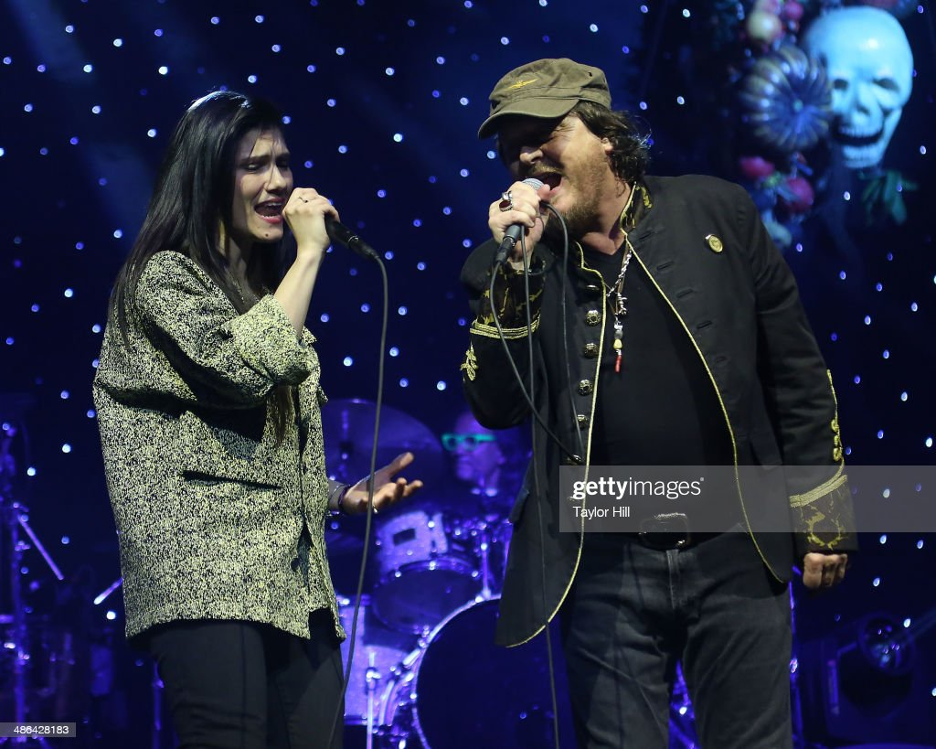 Elisa and Zucchero perform at The Theater at Madison Square Garden on April 23, 2014 in New York City.