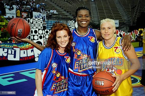 Elisa Donovan during 1997 MTV Rock 'n Jock Basketball in Los Angeles California United States