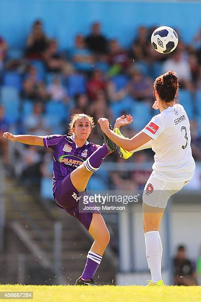 Elisa D'Ovidio of the Glory competes for the ball with Jessica Seaman of the Wanderers during the round four WLeague match between Western Sydney and...