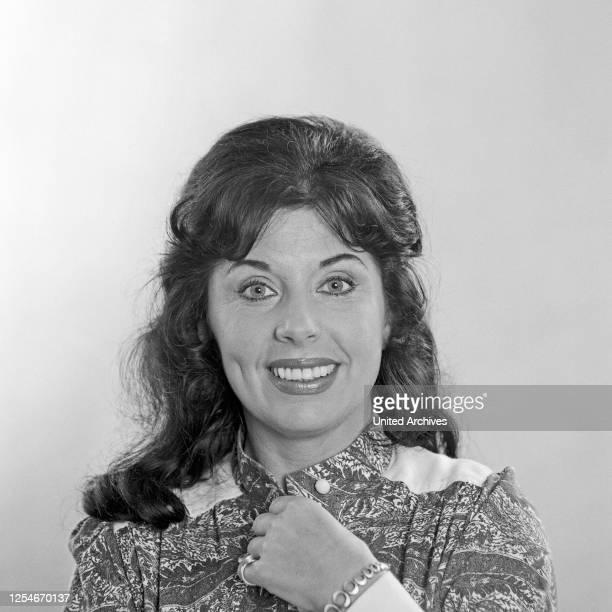 Elisabeth Ackermann, deutsche Schauspielerin, Porträt, Deutschland 1972.