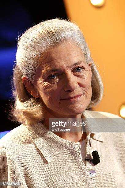 Elisabeth Badinter attends the TV show 'Vol de Nuit'