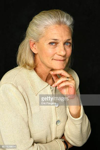 Elisabeth Badinter on the set of TV Show 'Esprits Libres'