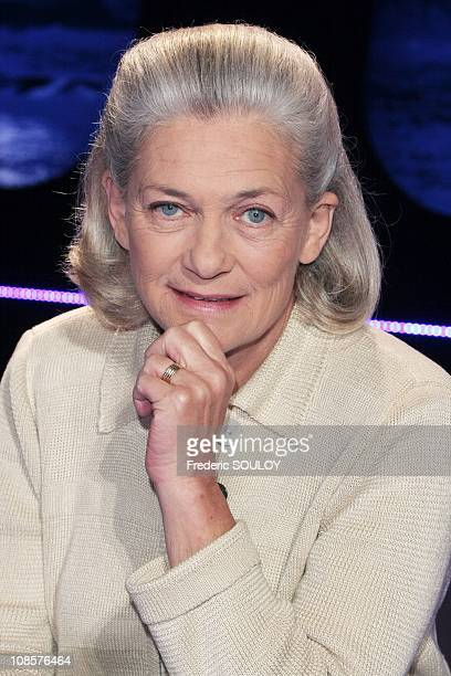 Elisabeth Badinter on the 'Vol de Nuit' tv show in Paris France on March 26 2008