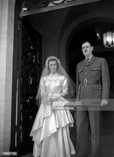 Elisabeth De Gaulle And Her Father General De Gaulle During Their Wedding In 1946