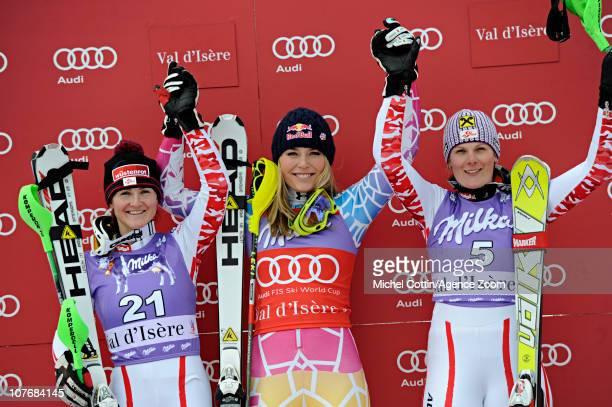 Elisabeth Goergl of Austria takes 2nd place Lindsey Vonn of the USA takes 1st place Nicole Hosp of Austria takes 3rd place during the Audi FIS World...