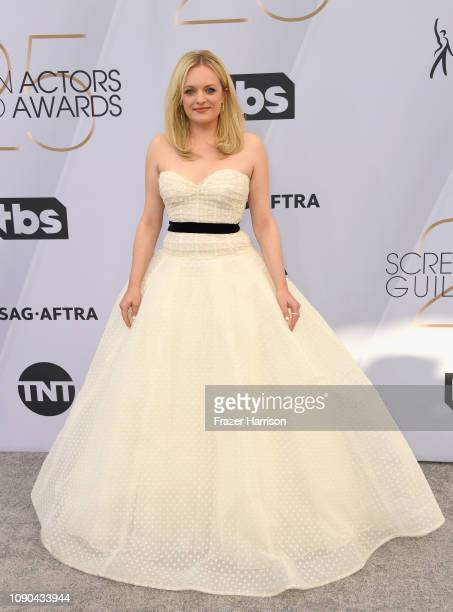 Elisabeth Moss attends the 25th Annual Screen Actors Guild Awards at The Shrine Auditorium on January 27 2019 in Los Angeles California