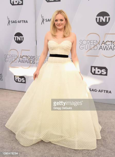 Elisabeth Moss attends the 25th Annual Screen ActorsGuild Awards at The Shrine Auditorium on January 27 2019 in Los Angeles California 480645