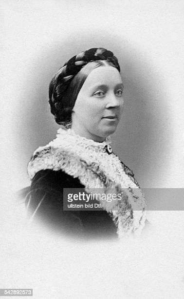 Elisabeth Princess of SaxonyAltenburg *2603182602021896 wife of Peter II Grand Duke of Oldenburg portrait date unknown probably around 1880