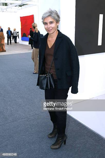 Elisabeth Quin attends the 'FIAC 2015 International Contemporary Art Fair' at Le Grand Palais on October 21 2015 in Paris France