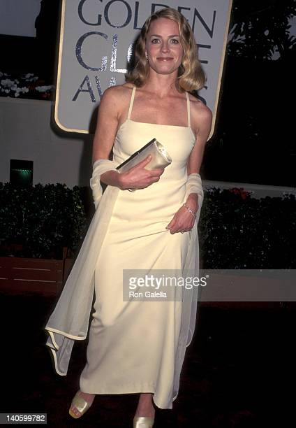 Elisabeth Shue at the 53rd Annual Golden Globe Awards Beverly Hilton Hotel Beverly Hills