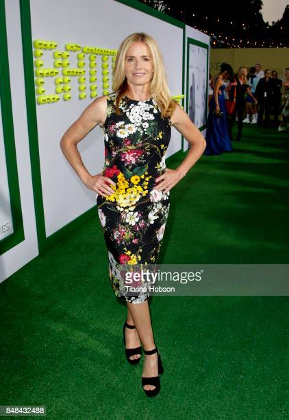 Elisabeth Shue attends the premiere of Fox Searchlight Picture 'Battle Of The Sexes' at Regency Village Theatre on September 16 2017 in Westwood...